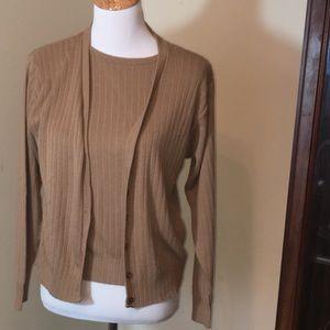 Size S P Sag Harbor Sweater Set